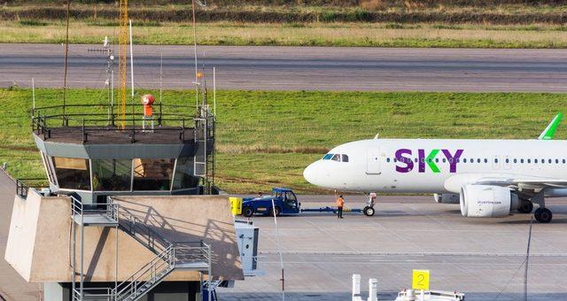 SKY anuncia suspensión temporal de vuelos en Perú hasta el 30 de abril
